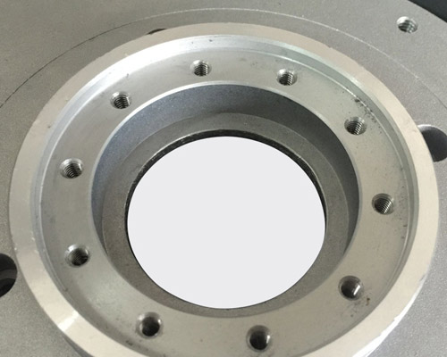 Aluminum alloy die - casting cylinder shell machine cover machining.
