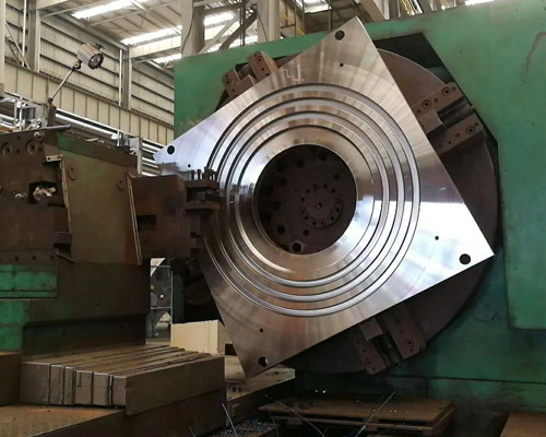 Machining of large stainless steel mould parts