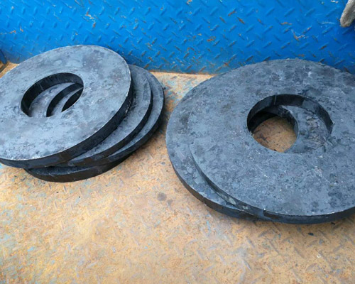 CNC turning of iron disc flanges